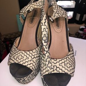 Charles David wedges good condition